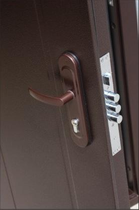 дверь венге замок